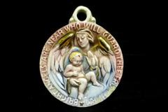 Vintage Ceramic Cradle Medal Saint Teresa With Baby Gold Gild Wings