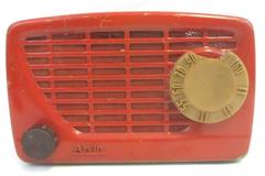 Vintage 1950's Arvin Red AM Radio Model 540T For Collections Or Repair Red