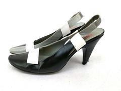 Miu Miu Slingback Heels Leather Colorblock Monochrome Retro Mod Sz 39