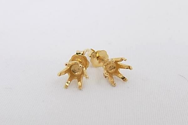 One Pair 14 KT Gold Ear Stud 5mm Round Sure Set 6 Prong Setting Earrings
