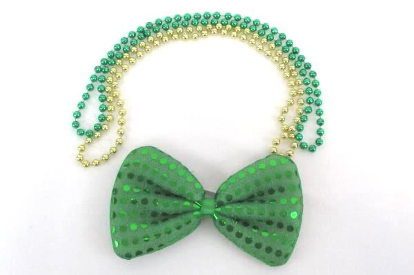 Saint Patricks Day Lot Womens Tshirt Hair Bow Beaded Necklace Large Drinking Cup