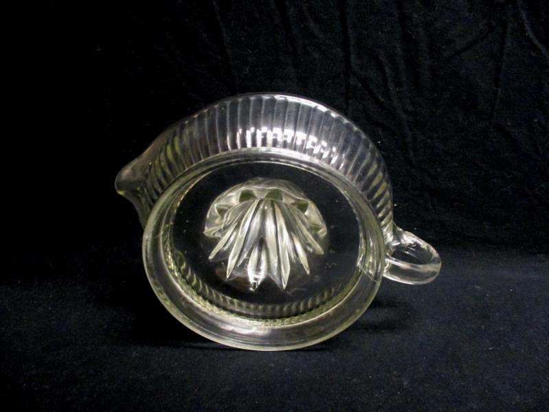 Large Vintage Clear Glass Juicer Reamer With Handle & Spout Panel Ribbed Sides