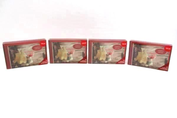 Lot of 4 American Greetings Comfort & Joy Box Set 14 Cards and Envelopes Glitter