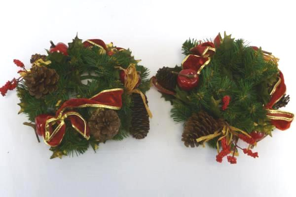 Lot of Christmas in July Decor Supplies 2 Candle Wreaths Bows Pinecone Ornament