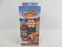 Flippin Fantastic Perfect Pancake Flipper Mold Kitchen Gadget