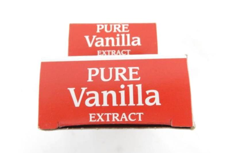 McCormick Pure Vanilla Extract 2 fl oz and 1 fl oz Bottles Best By May 2023 NIB