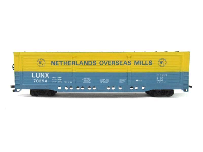 Bachmann HO Scale Railroad Boxcar Netherlands Overseas Mills 70254