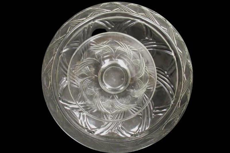Rare Vintage Anchor Hocking Glass Chip And Dip Set Clear Crossing Swirls AHC66