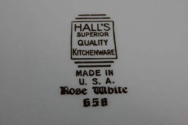 Vintage Hall China 2.5 Quart Covered Casserole Dish Rose White 658
