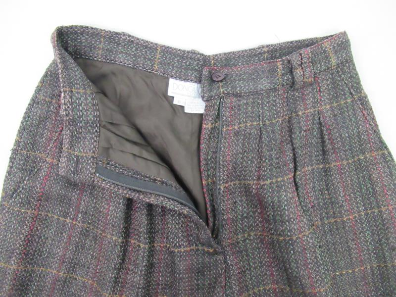 Vintage Doncaster Women's Woven Silk Shorts Career Pleated Size 6 Brown Plaid