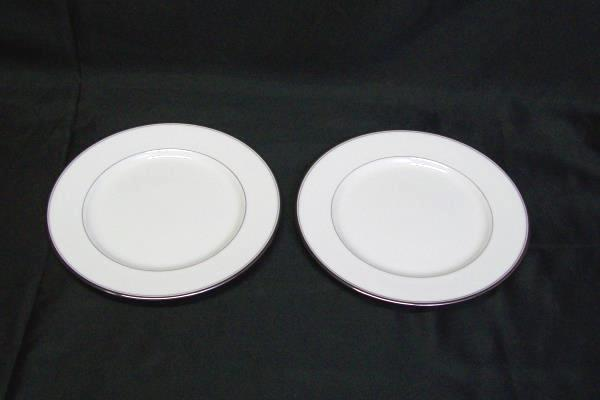Mikasa Plate Lot: Gothic Platinum Bone China White 4 Medium 4 Large