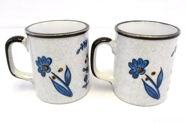 Set of 2 Coffee Mugs Brown Trim Blue Specked with Blue Wildflowers