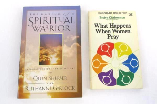 2 Lot PB Books What Happens When Women Pray & The Making Of A Spiritual Warrior