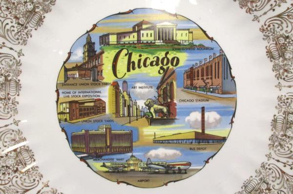 2 KANSAS CHICAGO City State China Collectors Plate Detailed Gold Gilt Edge Cream