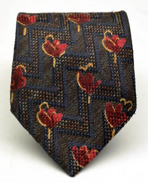 ERMENEGILDO ZEGNA  Floral Silk Blend Neck Tie, Made in Italy.
