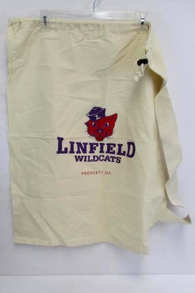 Linfield College Lot: Sanitizer Keychain Laundry Bag T-Shirt M and Water Bottle