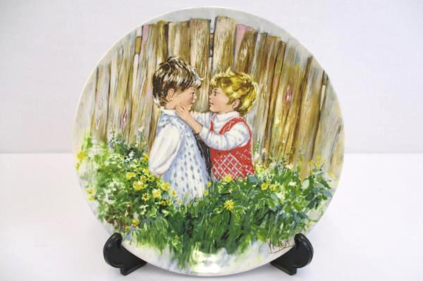 Mary Vickers Plates Playtime & Be My Friend Lot of 2 My Memories Series