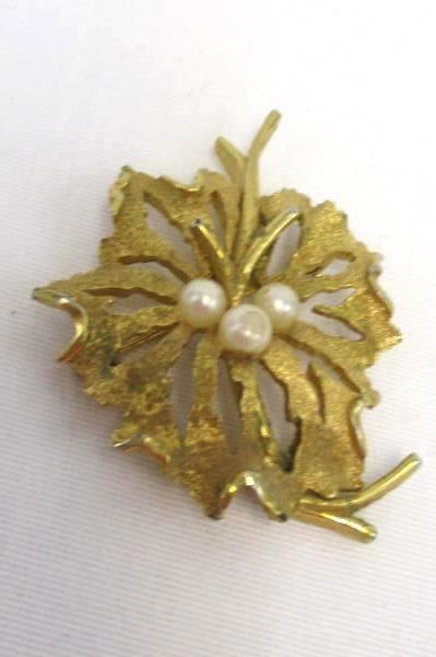 Lot of 3 Vintage Gold Tone Broach Pins Pear Rhinestone Accents Trifari Usner