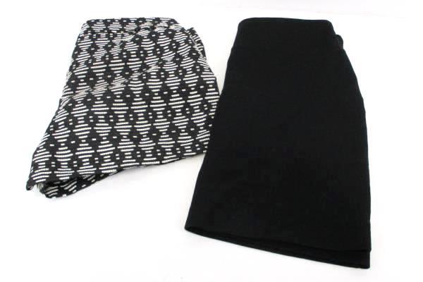 Lot of 2 Women's Black Geometric White Mini Short Skirt Old Navy Gap 2