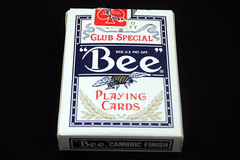 Sheraton Desert Inn BEE 92 Blue Diamond Cambric Finish Playing Cards