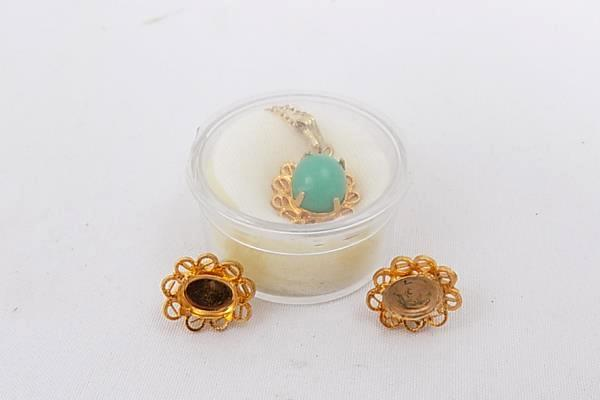 12kt Gold Filled Pendant and Earrings Set Apple Green Chrysoprase In Setting