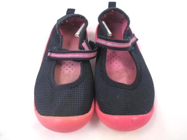 Osh Kosh Toddler Girl's Sandal Shoes / Water Shoes Pink Black Size 11