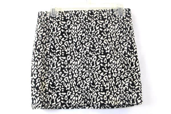 XXI Short Pencil Skirt Black White Design Women's Size Medium