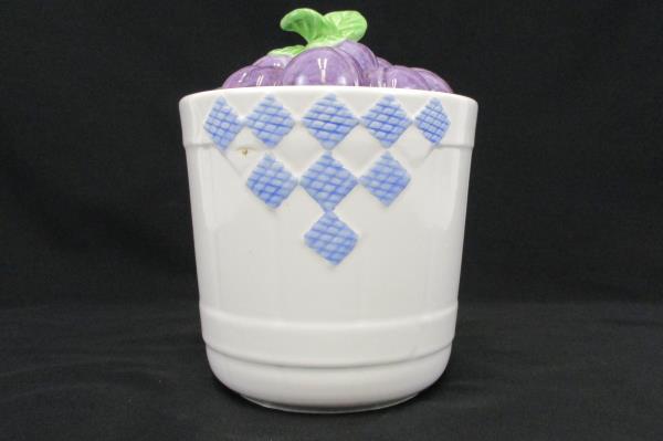 Vintage Pfaltzgraff Hopscotch Fruit Canister Kitchen Decor Ceramic USA