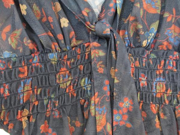 Eyeshadow Women's Shirt Dark Blue w/ Multi-Colored Floral Design Size Small