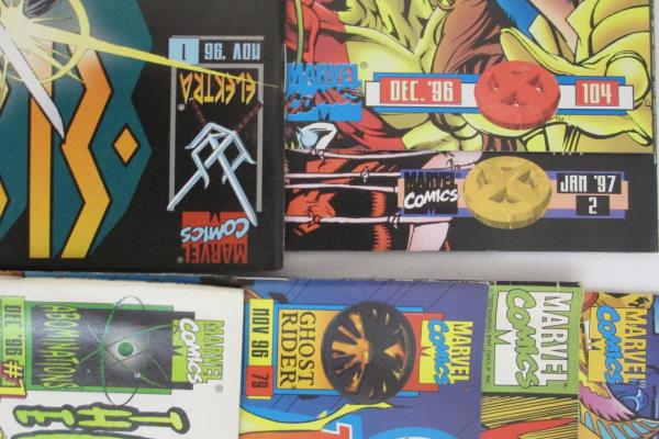 Lot of 7 Marvel Comic Books featuring An Assortment of Stories