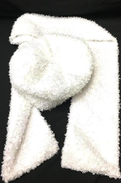 Women's Scarf And Hat White In Color One Size Fits Most