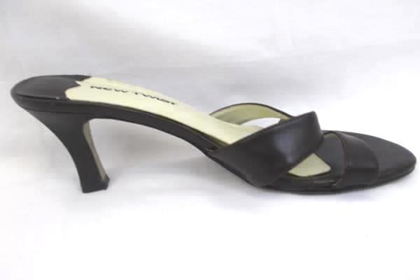 "Newtwist Women's Casual Heels 2.5"" Heel Brown White Size 8"