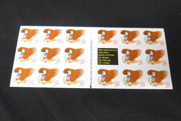 US-Scott-2597a-Eagle-w-Red-Stamp-Booklet-of-17-29-Cent-Stamps-MNH-1993 US-Scot