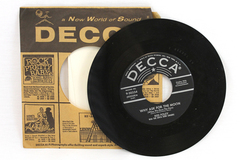 Vintage Decca 45 RPM Record Sweet Innocence Why Ask for the Moon Red Foley
