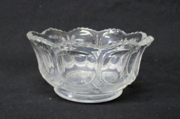 Set Of 3 Matching Candy/Nut Bowls Heavy Crystal Clear Saw Tooth Rim Table Decor