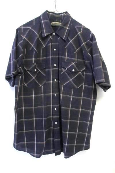Men's Dark Blue Casual Button Up Shirt By Canyon Guide Size Large.