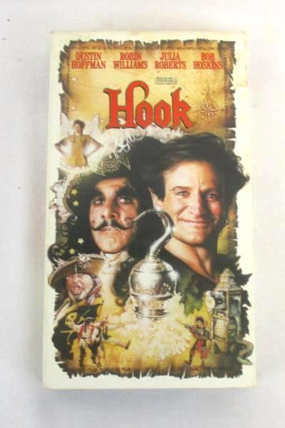 Lot of 2 Robin Williams VHS Movies HOOK & MRS. Doubtfire