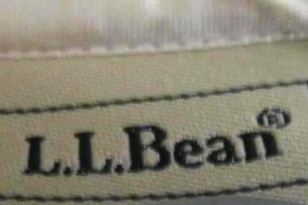 L.L. Bean Woman's Multi-Colored Pajama Top Size M