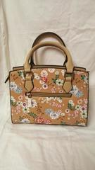 Small 2 Tone Tan Beige Floral Design Gold Tone Zipper Handles Handbag Purse Tote