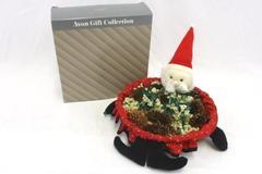 Vintage Avon Basket Gift Collection Santa Claus Bread Candy Snack Original Box