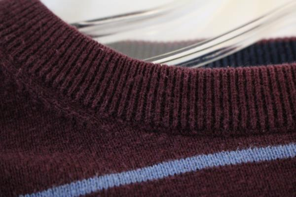 IZOD Sweater Shirt Maroon Blue White Striped Long Sleeves Men's Size Med Cotton