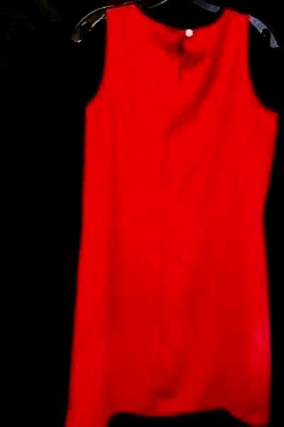Women's Red Dress By NY&CO Size 8 100% Polyester Jewel Neckline Sea Shell Button