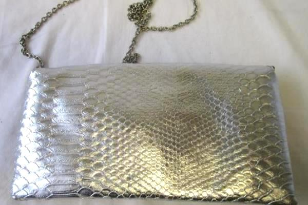 Women's Silver Scale Hand Purse w/ Lightweight Shoulder Chain By Limited Edition