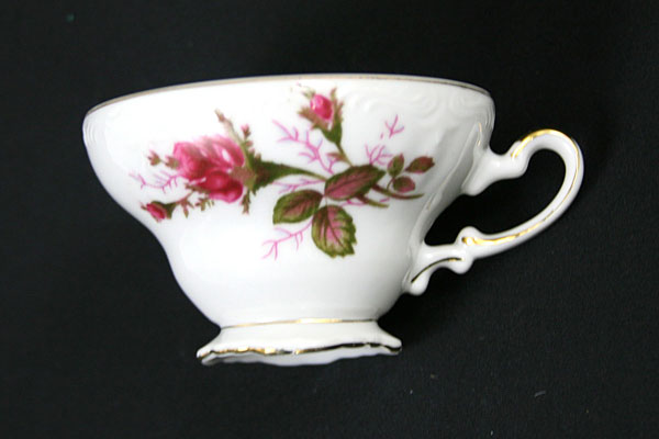 Porcelain Snack Set Rose Pattern With Gold Trim Picnic