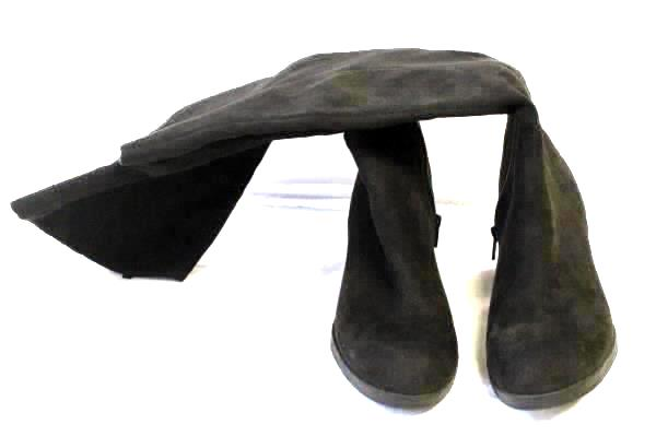 Women's Matte Black Jack Tall Knee High Suede Heel Boots By Old Navy Size 8