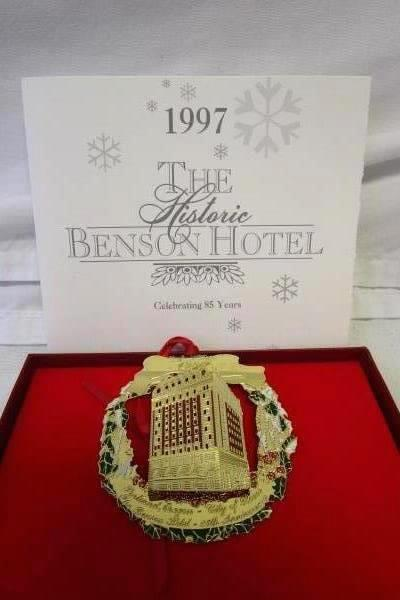 1997 The Historic Benson Hotel 85 Yr Christmas Ornament By The Portland Ornament