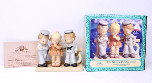 1995 Enesco Memories Of Yesterday Figurine I Do Like My Holiday Crews Attwell LE