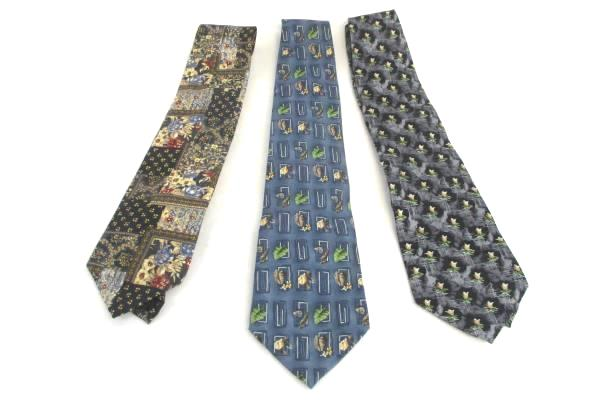 Lot of 3 Vintage Men's Necktie Tie Van Heusen Flower Leaf Shell Blue Black