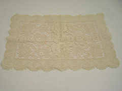 "Rose Patterned Lace Table Linen 15.5"" x 10.5"""