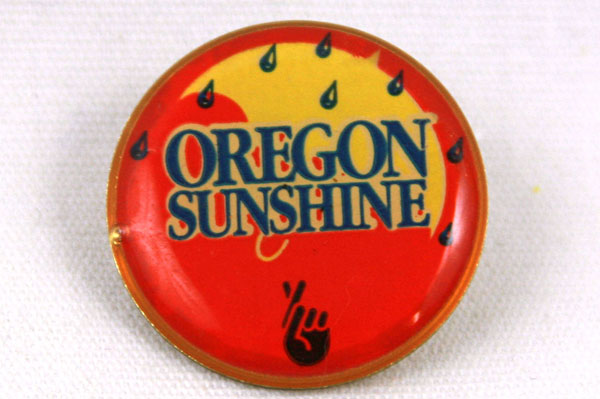 OREGON SUNSHINE Lottery Red & Yellow Lapel Pin Pinback Button